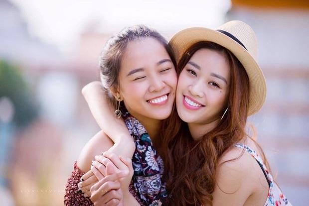 Khánh Vân làm dâu phụ trong đám cưới anh trai, dân tình dán mắt vào nhan sắc chị dâu từng thi Hoa hậu - Ảnh 7.