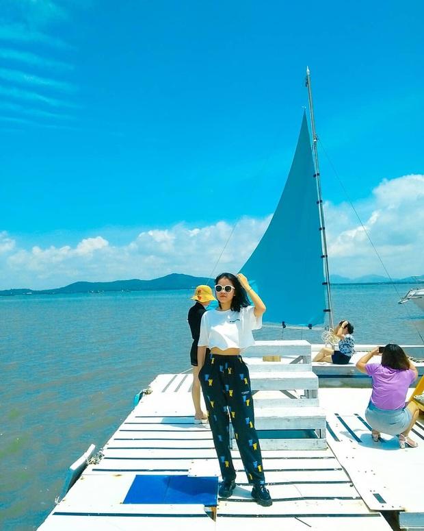Sơn Tùng và dàn sao Vbiz rần rần check-in du thuyền, giới trẻ cũng hưởng ứng trào lưu du lịch sang chảnh này! - Ảnh 29.