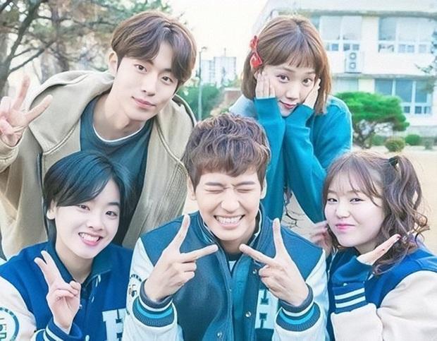 7 phim Hàn nạp năng lượng cho tuổi thanh xuân: Bỏ qua sao được Record of Youth của Park Bo Gum - Ảnh 5.