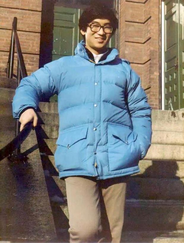 Thiên tài Vật lý 17 tuổi đã vào đại học, được nhận vào Harvard, làm giáo sư khi mới ngoài 30 đột ngột tự tử khiến mọi người tranh cãi tìm ra nguyên nhân - Ảnh 2.
