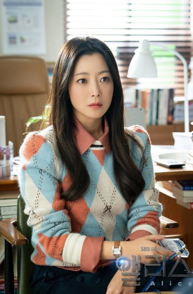 Phận nam - nữ chính nhưng Joo Won và Kim Hee Sun lại bị khán giả cấm đến với nhau ở Alice - Ảnh 3.