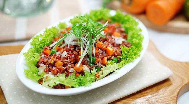 Ăn salad để giảm cân nhưng nếu không chú ý tới 5 yếu tố quan trọng này thì mọi cố gắng đều trở thành công cốc - Ảnh 2.