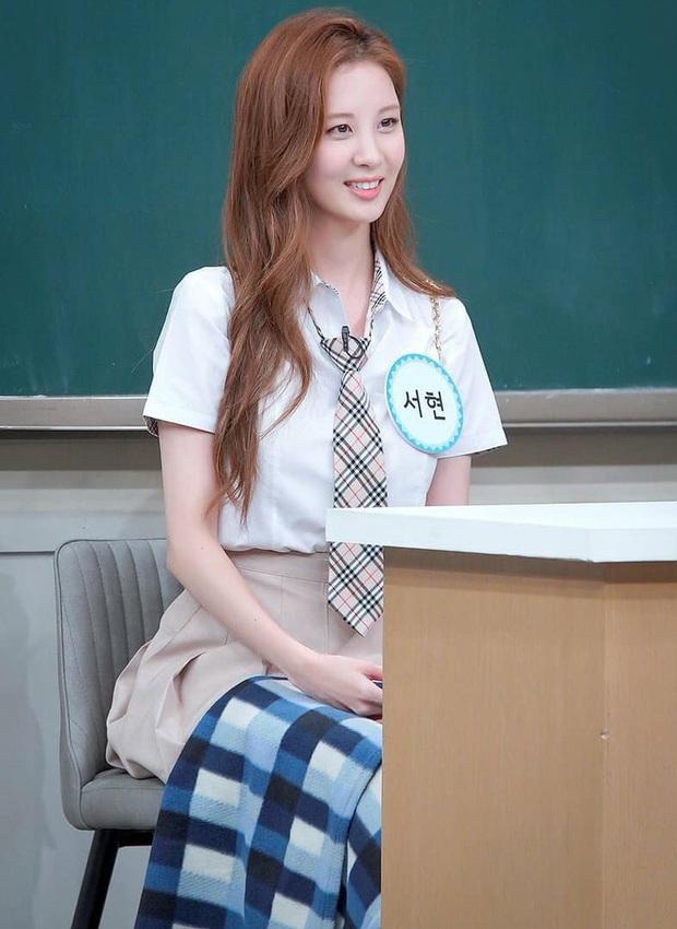 Đã U30 mà Seohyun vẫn cosplay nữ sinh thành công, dùng đồ makeup bình dân mà xinh ra trò - Ảnh 2.