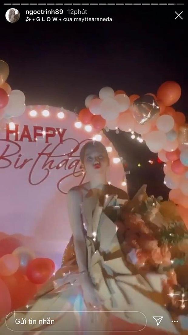 Ngọc Trinh mở tiệc sinh nhật sớm: Cả dàn bạn sexy đến dự, thót tim màn nhảy 5s khiến vòng 1 chực chờ nhảy ra ngoài - Ảnh 5.