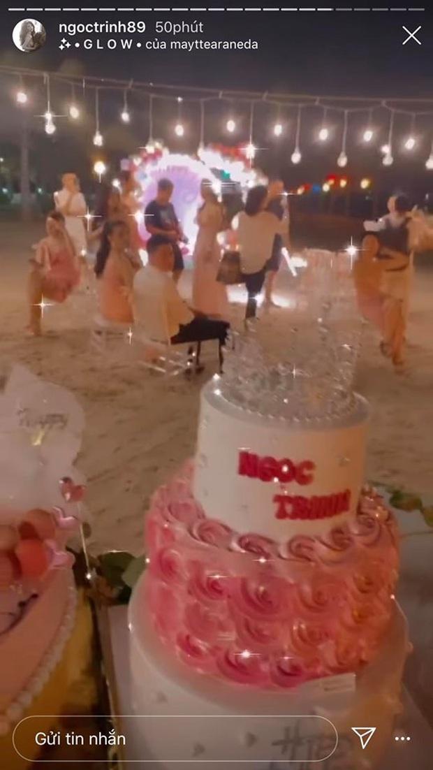 Ngọc Trinh mở tiệc sinh nhật sớm: Cả dàn bạn sexy đến dự, thót tim màn nhảy 5s khiến vòng 1 chực chờ nhảy ra ngoài - Ảnh 4.