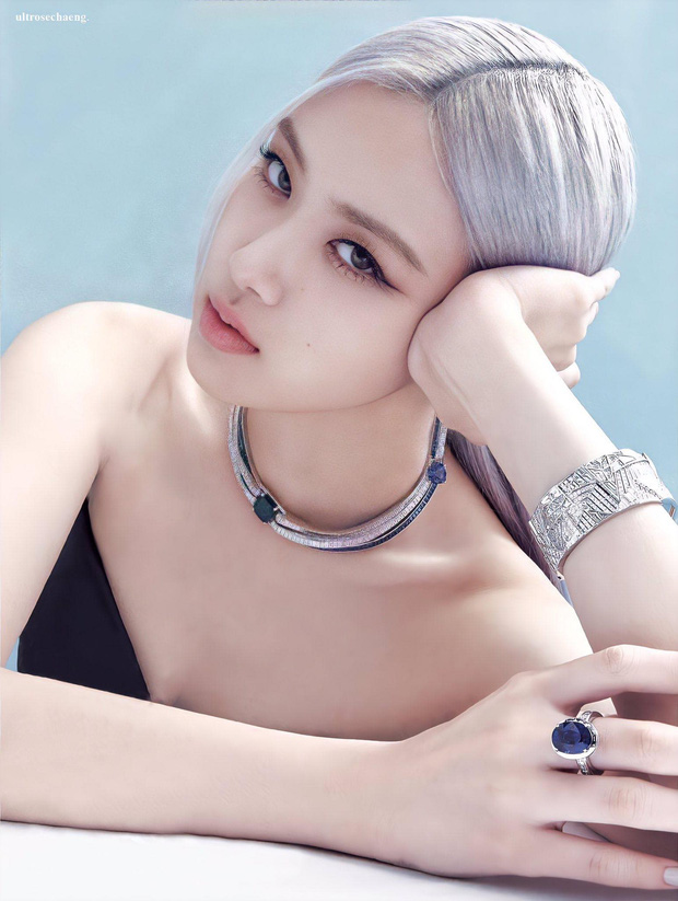 Từ con ghẻ thành con cưng của stylist, Rosé soán ngôi cả Jennie và đàn chị Jessica khi diện vòng cổ kim cương 20 tỷ VNĐ  - Ảnh 1.