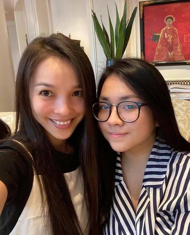 Gia Bảo - con gái 18 tuổi của Hiền Thục ngày càng xinh xắn, đọ sắc với mẹ mà trông như hai chị em luôn này - Ảnh 1.