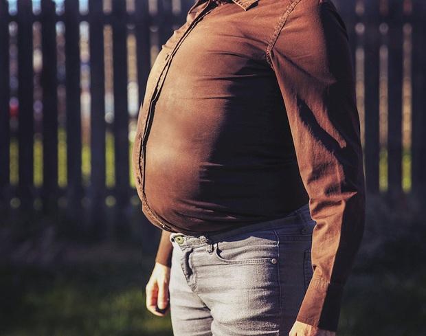 Nam giới tuổi thọ ngắn thường có 3 đặc điểm khác thường ở vùng bụng, check xem bạn có mắc phải cái nào hay không - Ảnh 3.