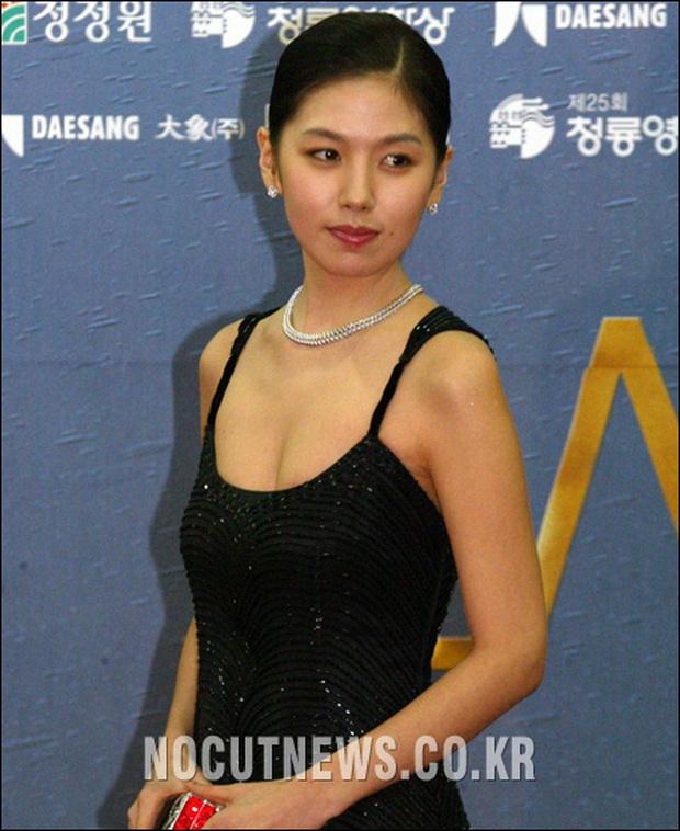 Đời bi kịch loạt nữ hoàng hở bạo Hàn Quốc: 2 vụ tự tử chấn động, minh tinh Lee Tae Im phải giải nghệ vì chồng đại gia vào tù - Ảnh 8.