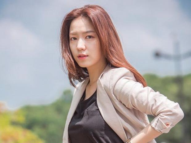 Jiyeon (T-ARA) từng bị mắng vì thái độ lồi lõm khi biểu diễn, nhiều năm sau mới vỡ lẽ Hwayoung chính là thủ phạm gây chiến - Ảnh 6.