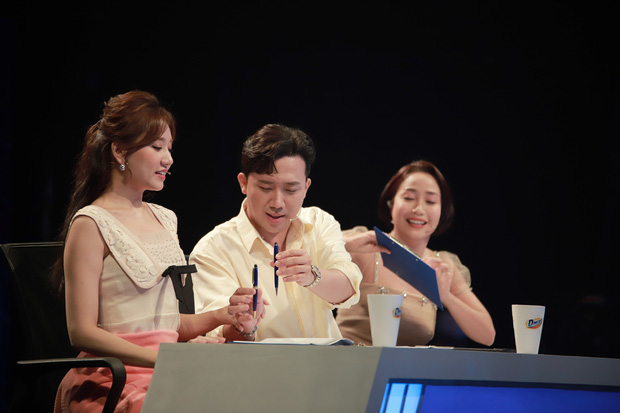 Hari Won ngỡ ngàng trước độ chặt chém của Trấn Thành: Không biết vì sao chồng em lại thốt ra những câu không hay như vậy - Ảnh 4.