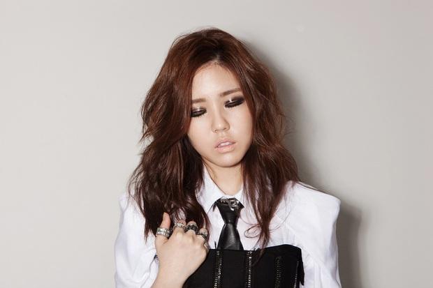 Cựu trainee BIG3 tiết lộ bí mật của công ty: YG bị cho là độc hại, SM khắc nghiệt nhưng không cấm hẹn hò, riêng JYP có luật kì cục - Ảnh 1.