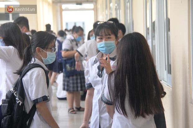 Nữ sinh Hà Tĩnh tăng 22,5 điểm tốt nghiệp sau phúc khảo: Lý do là gì? - Ảnh 1.