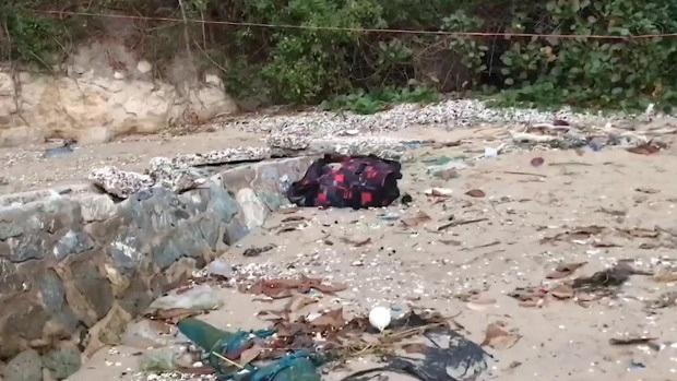 Chiếc vali màu đen chứa thi thể người bất ngờ được phát hiện ở bãi biển, hé lộ tội ác và bộ mặt thật của ông chồng tàn độc - Ảnh 3.