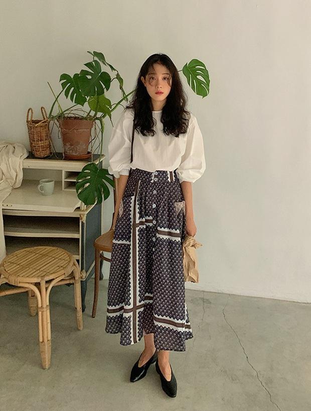 Áo blouse trơn màu đúng là chân ái của nàng công sở, có đến 10 cách diện sang xịn hết cỡ - Ảnh 6.