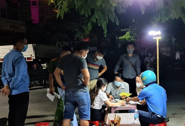 Từ 0h ngày 16/9, người dân từ Đà Nẵng đến Huế không bị cách ly bắt buộc - Ảnh 2.