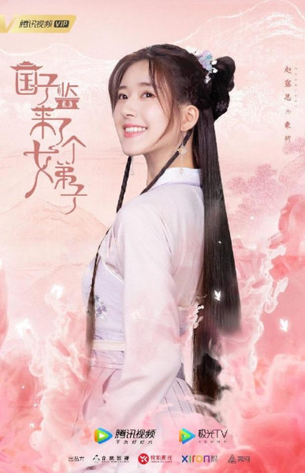 Bị chê cười công nghiệp trên poster, Triệu Lộ Tư phản pháo bằng clip đẹp lung linh ở hậu trường - Ảnh 12.
