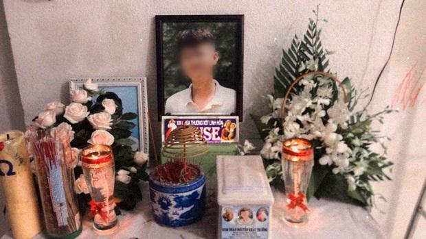 """Nam sinh 17 tuổi ở Sài Gòn bị đâm tử vong trong lúc uống trà sữa: """"Cháu nói đi học thêm nhưng không về nữa"""" - Ảnh 4."""