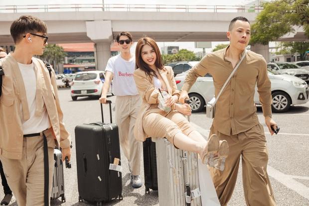 Vũ Khắc Tiệp lên tiếng trước loạt ảnh cùng Ngọc Trinh và nhóm bạn vui đùa, không đeo khẩu trang ở sân bay giữa mùa dịch - Ảnh 4.