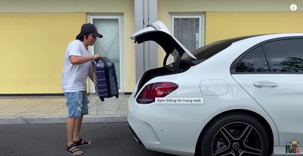 """Khoa Pug chơi cực lớn trong ngày trở lại: Chi 100 triệu mua đồ hiệu, đầu tư siêu xe """"khủng"""" giá gần 2 tỷ để du lịch xuyên Việt - Ảnh 6."""