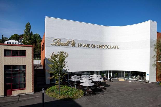 Choáng ngợp trước bảo tàng chocolate lớn nhất thế giới, nơi có đài phun chocolate siêu to khổng lồ khiến hội hảo ngọt thích mê - Ảnh 1.