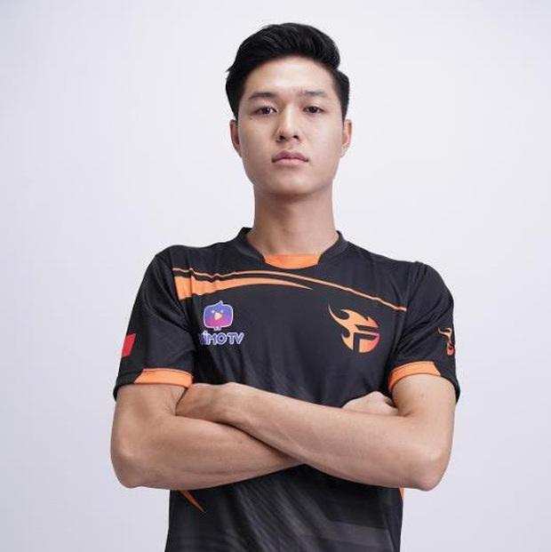 Giám khảo Nam Trung VN Next Top Model nhận chỉ trích sau phát ngôn cơ thể game thủ chỉ ngồi một chỗ bấm, không có cơ gì hết - Ảnh 5.