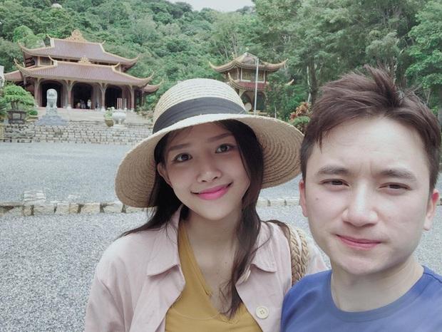 Phan Mạnh Quỳnh khoe ảnh du lịch tình tứ dịp kỷ niệm 2 năm cầu hôn bạn gái hot girl, màn ngỏ lời năm xưa hot trở lại - Ảnh 8.