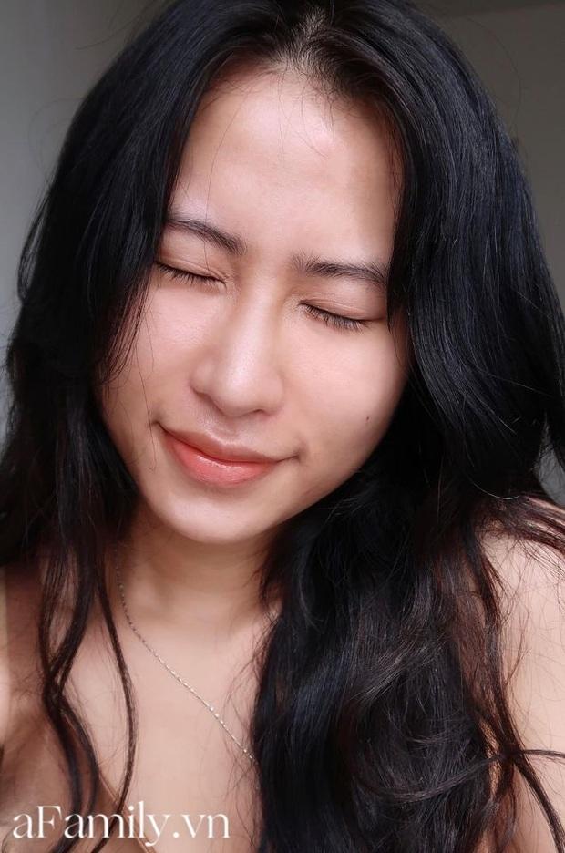 Cô nàng da thiên dầu chia sẻ 3 sản phẩm chủ lực giúp da ẩm mượt, khen nức nở 1 hũ kem dưỡng giá chỉ 300k - Ảnh 4.