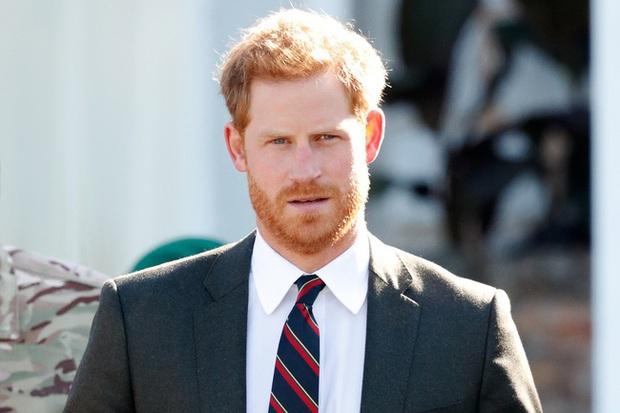 Harry lặng lẽ đón sinh nhật tuổi 36 nhưng tâm điểm chú ý lại nằm ở động thái của Hoàng gia Anh vì sự trùng hợp đến ngỡ ngàng - Ảnh 1.