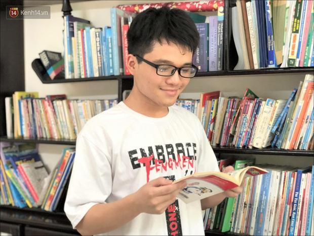 Nam sinh thủ khoa tốt nghiệp với điểm tuyệt đối 30/30: Thích đọc truyện Doreamon, học 8 tiếng mỗi ngày - Ảnh 4.
