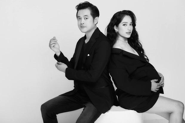 Vợ chồng Dương Khắc Linh tung bộ ảnh cực nghệ trước ngày sinh, dân tình trố mắt vì màn thả rông của mẹ bầu Sara Lưu - Ảnh 9.