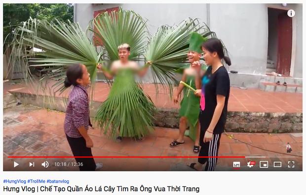 """Mẹ con Bà Tân Vlog đều có động thái khác lạ sau vụ lùm xùm nấu cháo gà nguyên lông và bị Bà Lý Vlog """"cà khịa"""" - Ảnh 9."""