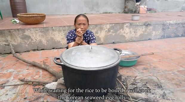 """Mẹ con Bà Tân Vlog đều có động thái khác lạ sau vụ lùm xùm nấu cháo gà nguyên lông và bị Bà Lý Vlog """"cà khịa"""" - Ảnh 3."""
