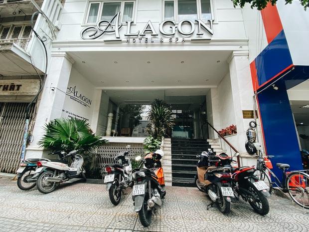 Hàng loạt khách sạn ở trung tâm Sài Gòn ngừng hoạt động, rao bán vì ngấm đòn Covid-19 - Ảnh 2.