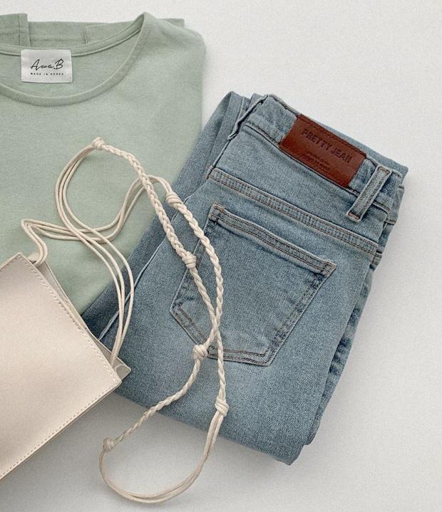 Chi tiết túi sau của quần jeans lại quyết định độ cong của vòng 3: Chiêu cơi nới dành cho nàng mông lép - Ảnh 1.