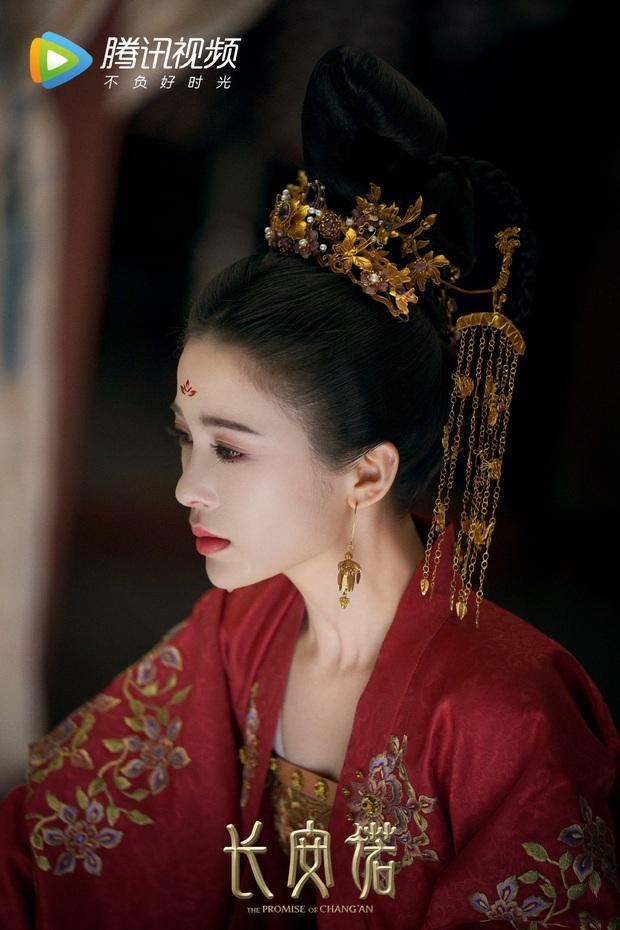 Bị fan đôi trẻ Lưu Ly Mỹ Nhân Sát ném đá tận nhà, tình mới của Thành Nghị đáp trả khiến dân tình tranh cãi gay gắt - Ảnh 3.