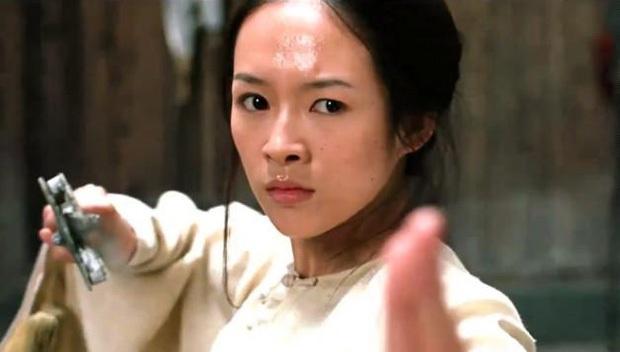 Chương Tử Di: Dâu hụt gia tộc tỷ phú yêu cả 2 bố con Thành Long, bị đánh ghen vì cặp đại gia và bê bối phá hôn lễ Song Song - Ảnh 6.