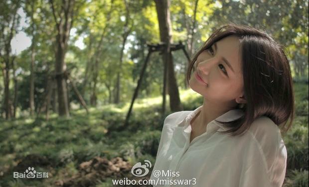 Ngắm nhan sắc Nữ hoàng eSports Trung Quốc, 31 tuổi vẫn xinh đẹp trẻ trung, chơi game sương sương mỗi năm kiếm vài chục tỷ - Ảnh 9.