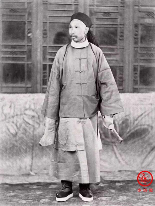 Loạt ảnh khắc họa tướng mạo thật của các vị quan văn võ cuối triều nhà Thanh, khác hẳn với những gì mọi người nhìn thấy trên phim ảnh - Ảnh 6.