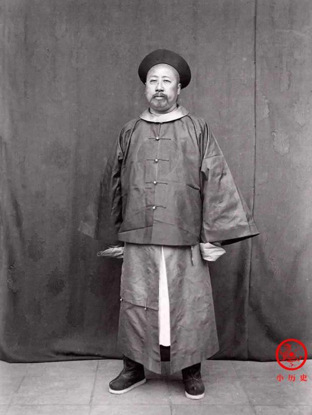 Loạt ảnh khắc họa tướng mạo thật của các vị quan văn võ cuối triều nhà Thanh, khác hẳn với những gì mọi người nhìn thấy trên phim ảnh - Ảnh 7.