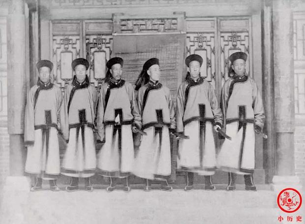 Loạt ảnh khắc họa tướng mạo thật của các vị quan văn võ cuối triều nhà Thanh, khác hẳn với những gì mọi người nhìn thấy trên phim ảnh - Ảnh 10.