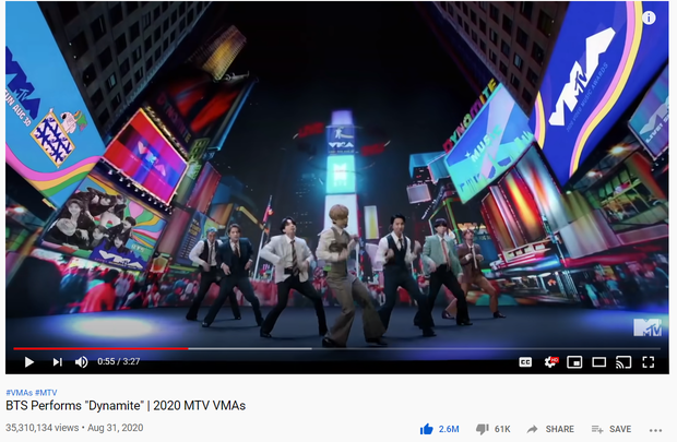 Hậu trường Dynamite tại VMAs hé lộ sự chuyên nghiệp của BTS: Diễn xong vẫn tỉ mỉ soi từng cảnh quay, nghiêm khắc chỉ ra lỗi của đồng đội - Ảnh 7.