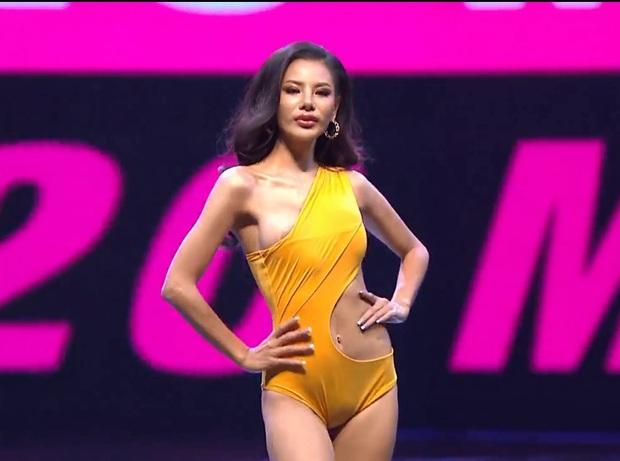 Vì áo tắm lởm của ban tổ chức, hàng loạt thí sinh Miss Grand Thailand 2020 lộ ngực trên sóng livestream - Ảnh 4.