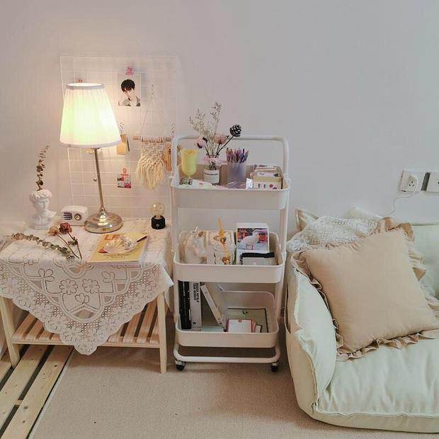 Hội con gái cứ tậu đèn ngủ để bàn là có góc giường xinh xẻo đẹp xịn ngay - Ảnh 9.