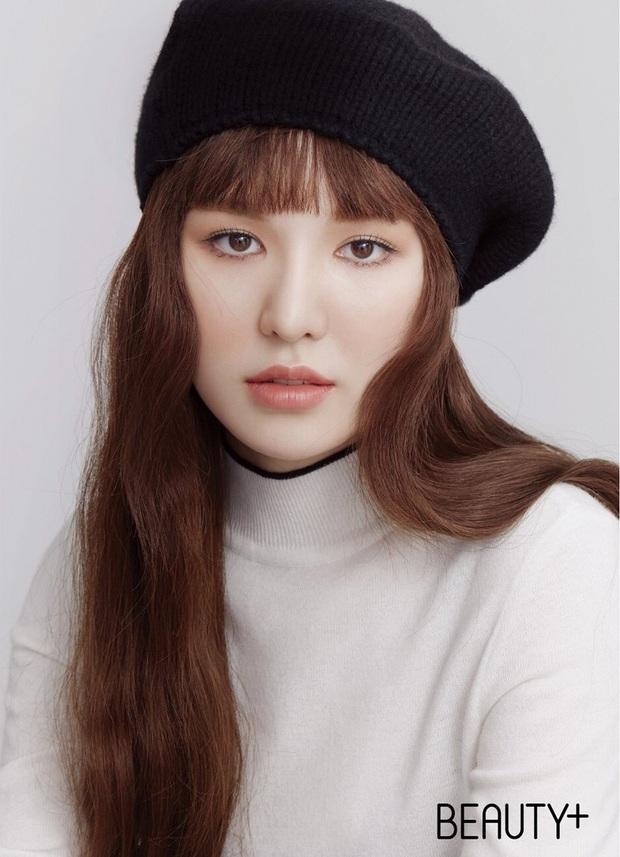 Wendy (Red Velvet) lần đầu lên bìa tạp chí sau thời gian vắng bóng, mặt quá khác lạ vì tai nạn kinh hoàng ở SBS Gayo Daejun? - Ảnh 2.