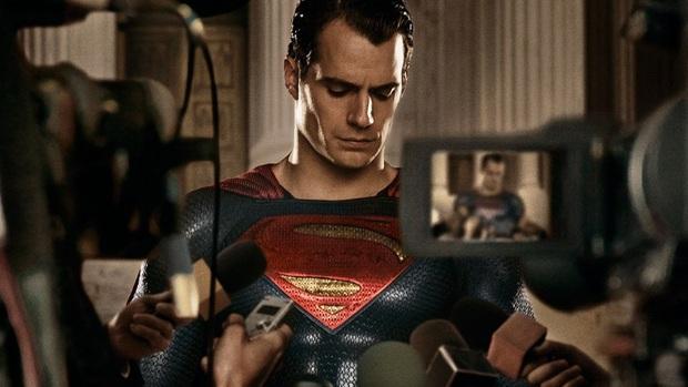 Trai đẹp Henry Cavill sẽ làm Superman tận 6 phim nữa, nghe mà ấm lòng ghê! - Ảnh 2.