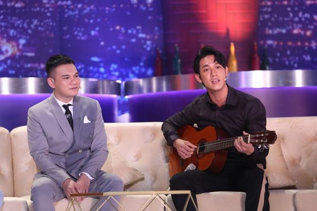 Đức Phúc cân nhắc viết lời bài hát vào tay để song ca với Khắc Việt vì sợ quên lời - Ảnh 7.