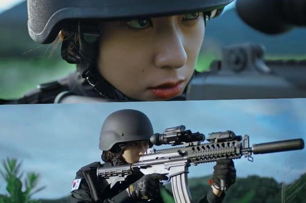 Sau Kim Ji Won, cuối cùng  đã xuất hiện nữ thần quân đội xứ Hàn: Cân luôn ảnh siêu cận, ánh mắt sắc lạnh gây bão MXH - Ảnh 7.