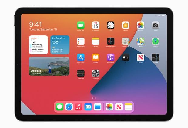 Bất ngờ xuất hiện video trên tay iPad Air 4, máy thật người thật! - Ảnh 1.