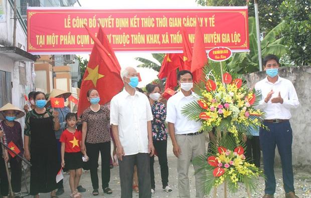 Hình ảnh đẹp tại khu dân cư cuối cùng tỉnh Hải Dương được dỡ bỏ phong tỏa, cách ly - Ảnh 14.